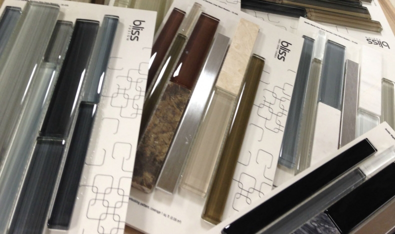 Little Rock Showroom New Arrival: Glass Linear Accent Tile